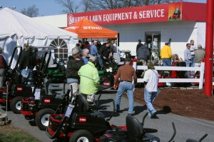 Huntersville sharpes lawn equipment sales repair