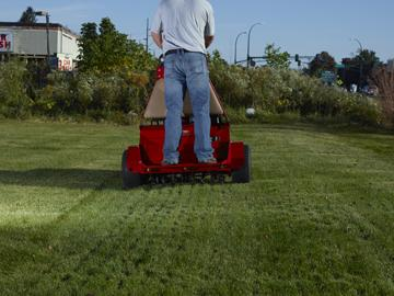 Toro 30 Quot Stand On Core Aerator Ride On Plugger Sharpe S